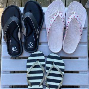 3 pair of Women's size 6 Flip Flops, EUC